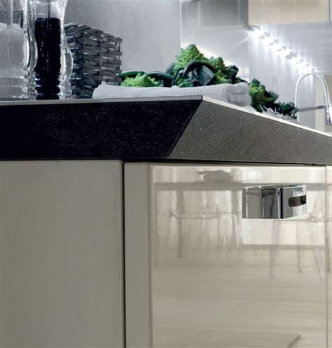 top cucina nero oltre 25 fantastiche idee su cucina in granito nero su