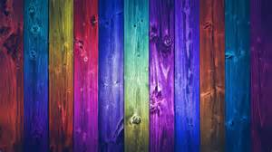 Few beautiful ideas and tips on painting the wooden fence