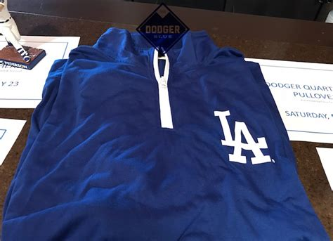 Dodger Giveaway Schedule - dodgers 2017 pullover giveaway dodgerblue com