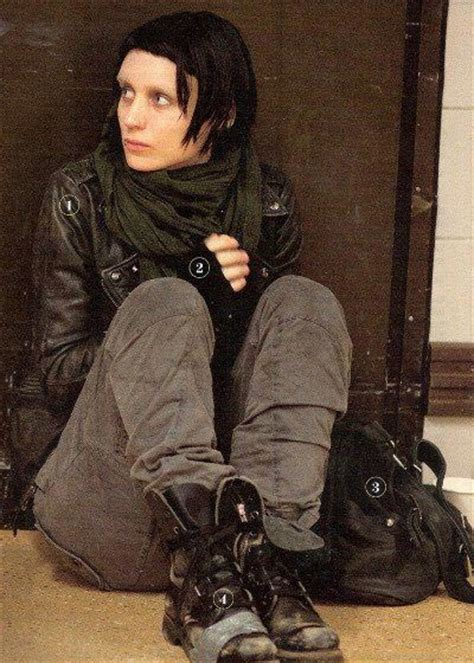 dragon tattoo lisbeth 10 new photos from the girl with the dragon tattoo