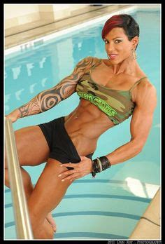 Toner Larissa 1000 images about fitness mania on larissa reis form and
