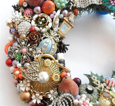christmas holiday wreath loaded  vintage jewelry