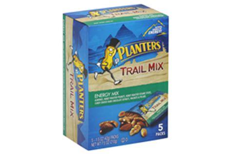 Planters Cajun Trail Mix by Planters Spicy Nuts Cajun Sticks Trail Mix 6 Oz Kraft Recipes
