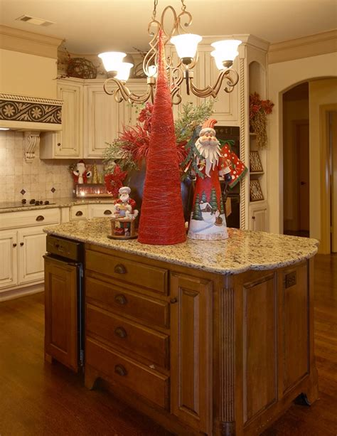 christmas decorations on kitchen cabinets 17 best images about kitchens on trees and