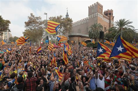 barcelona independence catalonia independence vote puigdemont flees spain 10