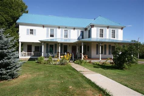 lake placid bed and breakfast spruce lodge bed and breakfast lake placid compare deals