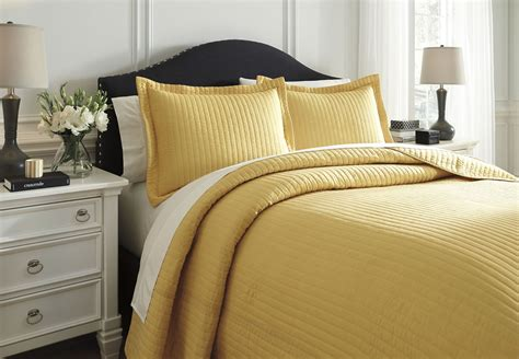 yellow comforters queen raleda yellow queen comforter set from ashley q494003q