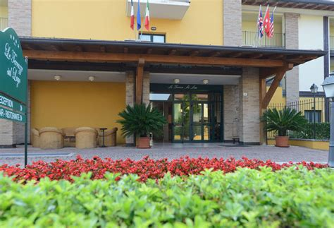 hotel le terrazze sul lago le terrazze sul lago en padenghe sul garda destinia