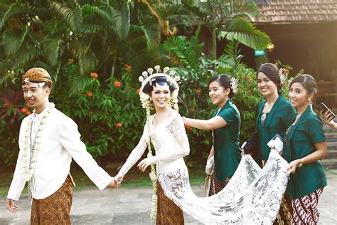 Kebaya Kutubaru C2 ide baju bridesmaids
