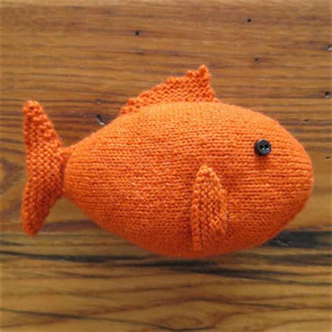 free fish knitting patterns knit fish allfreeknitting