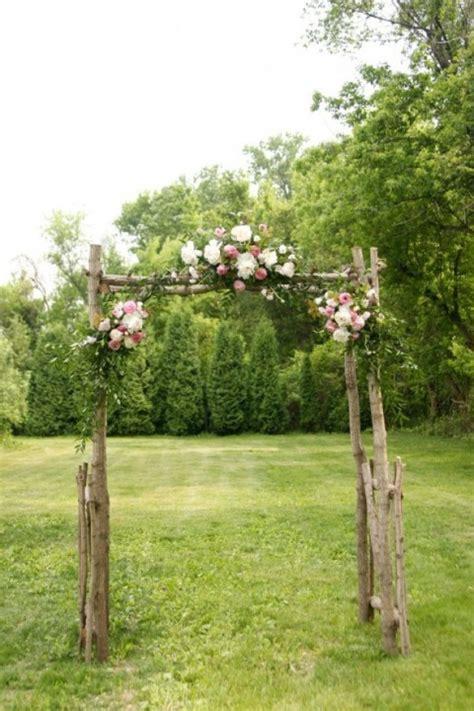 Wedding Arch Outdoor by 43 Outdoor Summer Wedding Arches Happywedd
