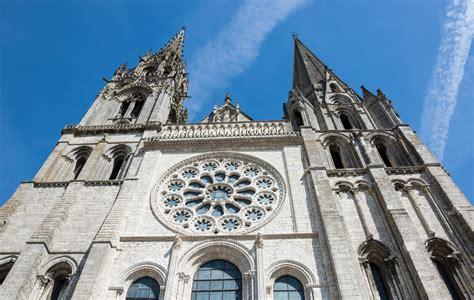 bureau plus chartres visite insolite de la cath 233 drale de chartres