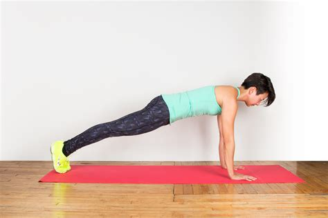 plank how to do a perfect plank greatist