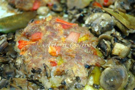 cucinare hamburger in padella hamburgher con peperoni e funghi in padella arte in cucina