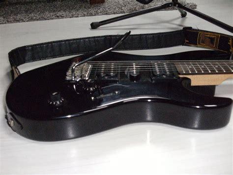 Harga Gitar Yamaha Erg 121 yamaha erg121 image 587119 audiofanzine