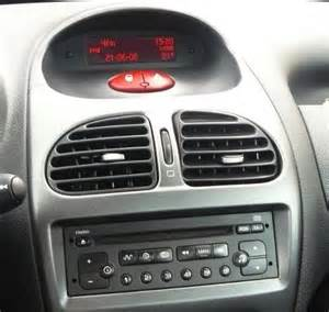Peugeot 206 Stereo Poste Gps Peugeot 206 Autoradio Android Mains Libres Usb