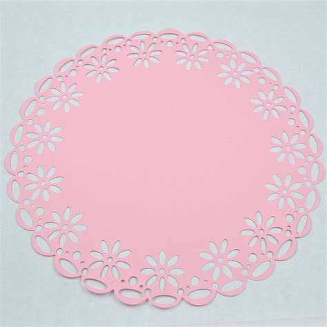 Make Paper Doilies - easy paper doily all