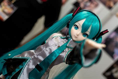 jointed doll vocaloid free stock photo hatsune miku doll dollfie