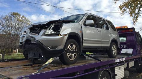 two car crash two car crash in golden square illawarra mercury