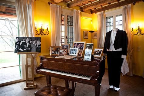 casa pavarotti house museum luciano pavarotti guided visit discover