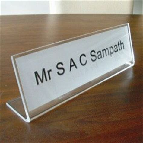 Office Desk Signs Desk Nameplates Freestanding Name Signs Http Www De Signage Officesigns Php Office