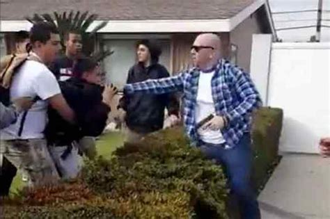 13 year boy in scuffle with duty l a cop free for now