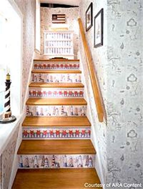 Decoupage Stairs - bedroom tips and ideas for american country comfort