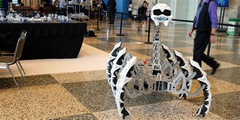 Robot Labalaba Terbaru robot laba laba intel menari ikuti quot bruno mars quot netsprogram jasa pembuatan program jasa