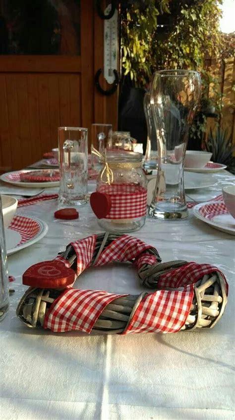Tischdeko Hochzeit Tracht herziger tischschmuck f 252 r die hochzeit in tracht