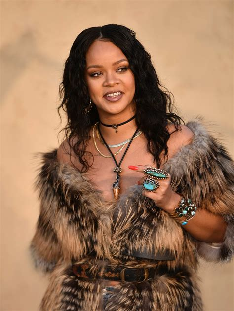 Rihanna Pictures by Rihanna At Cruise Collection 2018 Show In Los Angeles