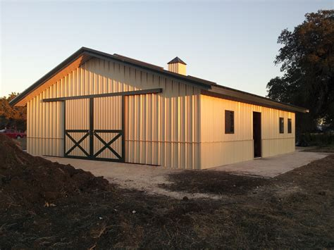 best 25 horse barn designs ideas on pinterest and ideas more barn ideas barns design horse barn designs