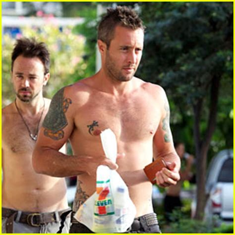 how much does anthony daniels weigh alex o loughlin shirtless in hawaii alex o loughlin