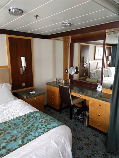 Cruise Cabin Reviews by Cabin On Royal Caribbean Of The Seas Cruise Ship