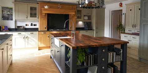fabulous kitchens  pd kitchens trusted business
