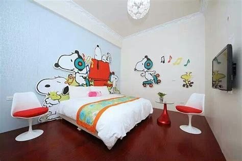 snoopy bedroom snoopy bedroom needs more decorations snoopy and the rest pinterest trees