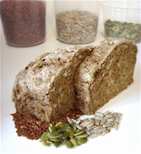 whole grains harvard hearty whole grain bread the nutrition source harvard