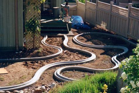 Backyard Easy Landscaping Ideas Un Mini Golf 224 La Maison Fabriqu 233 Avec Les Bordures En