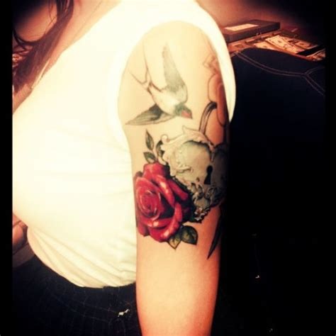 rose and sparrow tattoo shauna morris by genghis roses