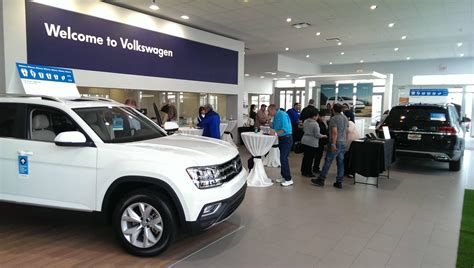 The Autobarn Volkswagen Countryside by Vw And Used Car Dealer Serving Chicago The Autobarn