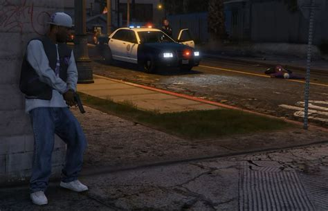 mod gta 5 gang gta 5 patrolling police gang activity wars mod