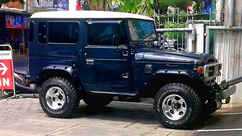 mobil jeep lama toyota land cruiser hardtop fj40 mobil motor lama