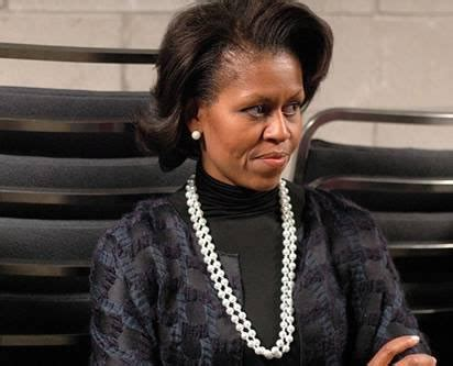 recent photo michele obama with no wig michelle obama bizarre fashion fails 35 in this best of