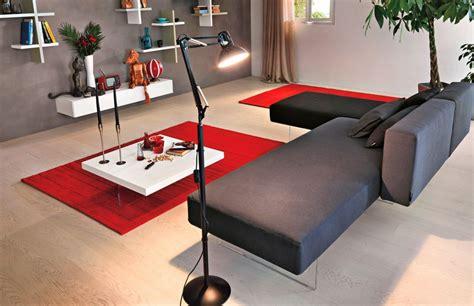 wohnzimmer teppich rot sofa in grau 50 wohnzimmer mit designer