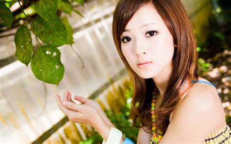 who is the asian girl in the mobile strike commercial japanese girl wallpapers 4usky com