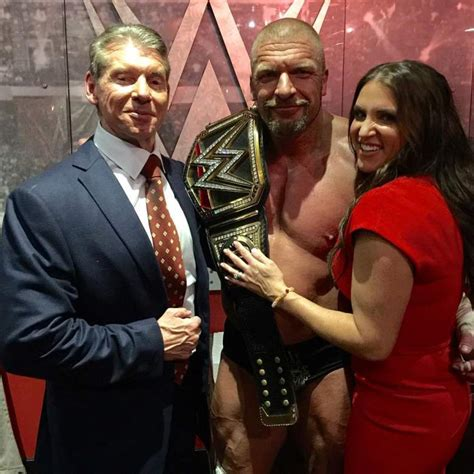 stephanie mcmahon asks triple h to sign the annulment triple h stephanie mcmahon s family the pictures you