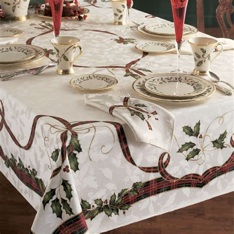 table linens holiday homes decoration tips