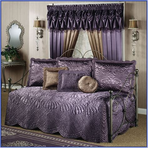 Design For Daybed Comforter Ideas Daybed Bedding Sets Clearance Home Design Ideas