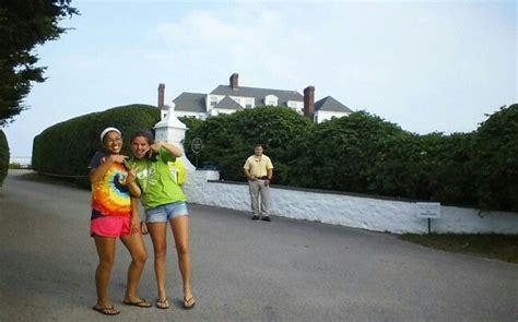 taylor swift house ri taylor swift house rhode island taylor happy 40 pinterest rhode island