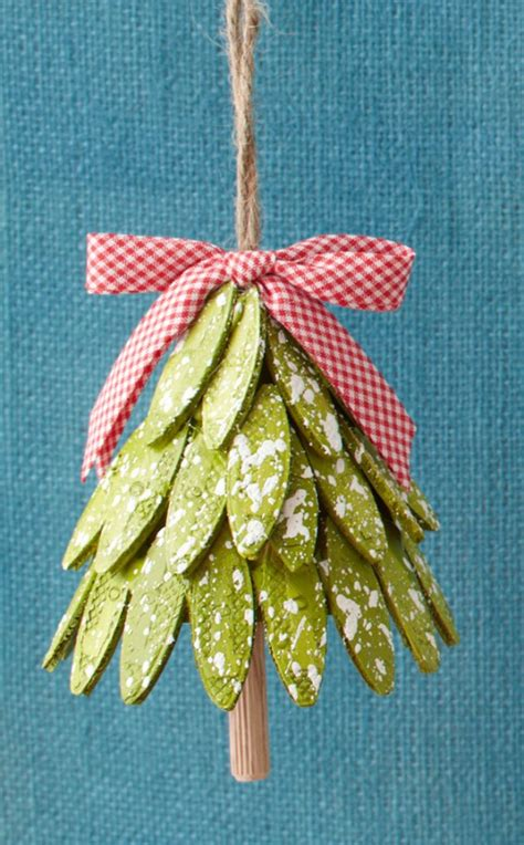 diy christmas ornaments sawdust paper scraps