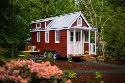 scarlett tiny house  mt hood tiny house village